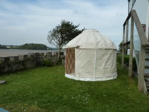 Mini yurt