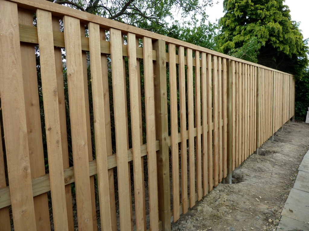 "Western Red Cedar ""Hit and miss"" fence"