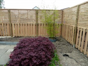 Contemporary bespoke fence for Japanese garden