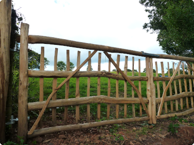 rustic cleft Chestnut gates